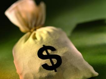 Банки ввели лимиты в кассах
