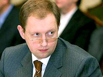 Янукович боится Яценюка