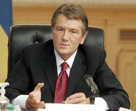 Новым президентом Украины вряд ли будет Виктор Ющенко. Об этом пишет Daily Telegraph в статье «Кислый вкус оранжевой революции».