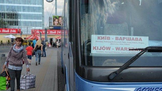 Протекционизм и мигранты. Как удержать украинцев в стране