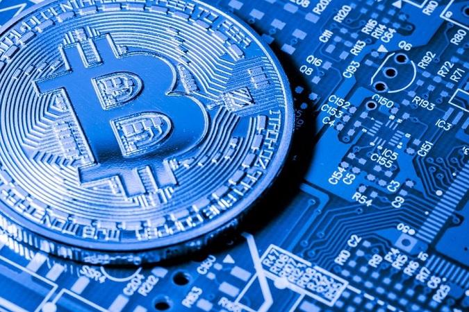 В отчете World Wealth Report 2018 консалтинговая фирма Capgemini выявила растущий интерес к криптовалюте среди богатых инвесторов, пишет Cyptellect.