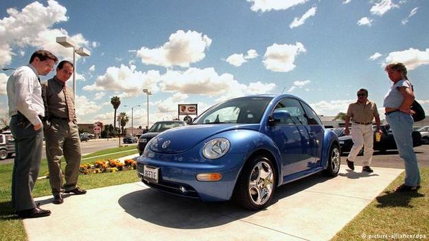 Volkswagen прекращает производство легендарного «Жука». Фото