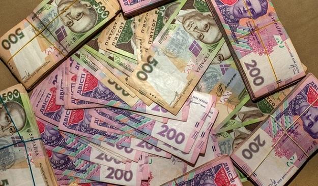 Майже 156 мільйонів гривень єдиного внеску заборгували платники Прикарпаття