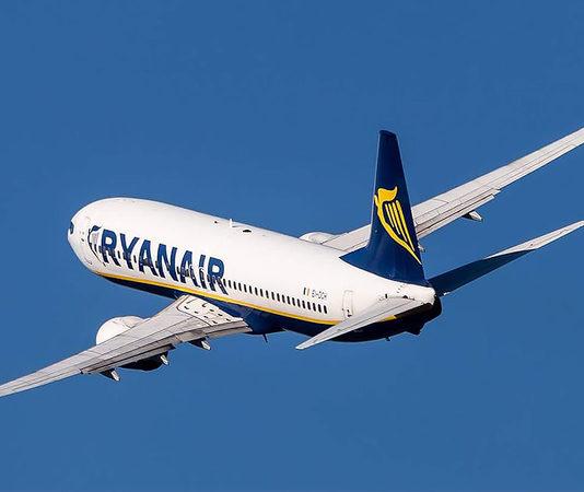 Ірландський лоукостер Ryanair продає квитки на рейси з листопада 2018 року  по березень 2019 року зі 6700df5e1acc6