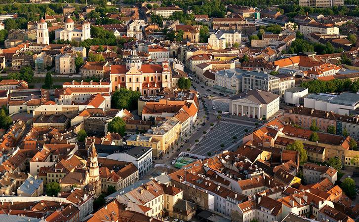 Квартирка в Европе: как купить недвижимость за рубежом и какая от нее  польза — Минфин