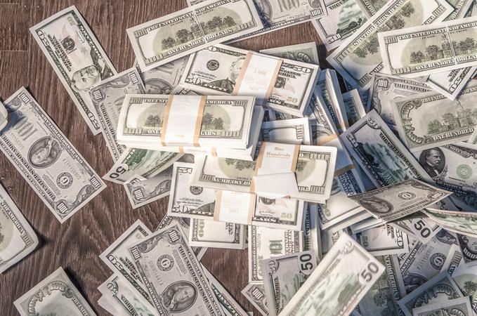 Вівторок буде надзвичайно цікавим днем на валютному ринку.