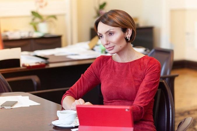 Катерина Рожкова: «Тільки не здумайте повально зупиняти платежі понад 5 тис. грн.»
