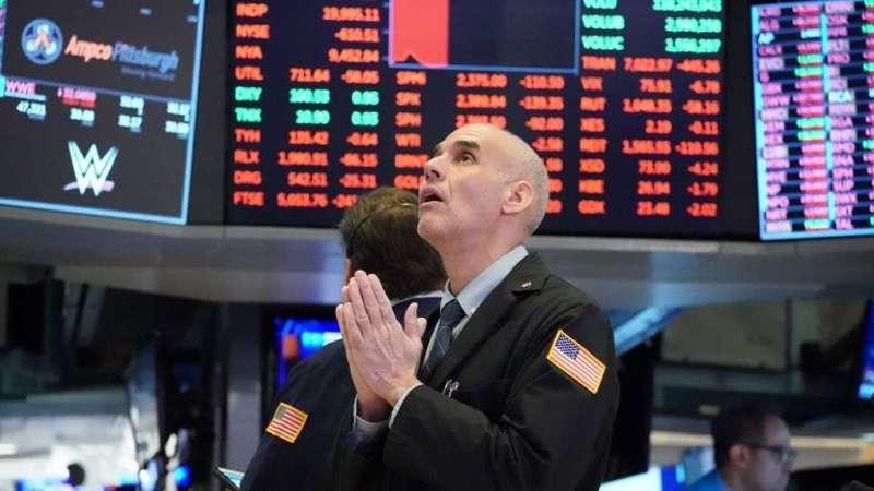Нобелевский лауреат по экономике: паникеры могут обвалить рынок