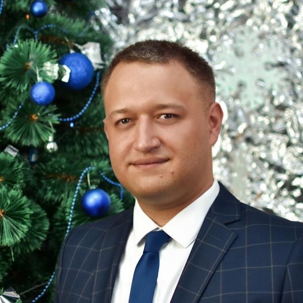Максим Карданець