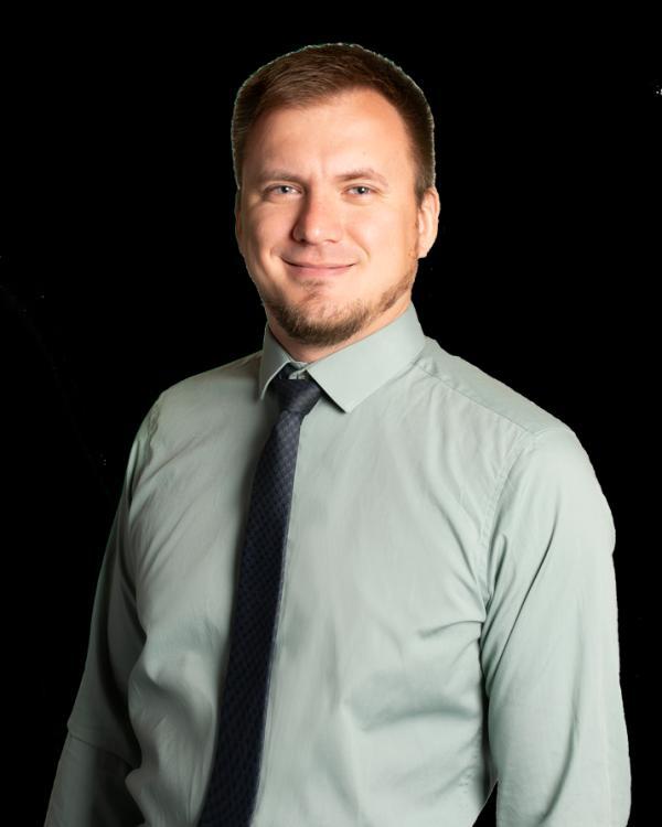 Артем  Щербина